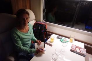 Abendgestaltung im Camper beim schreiben