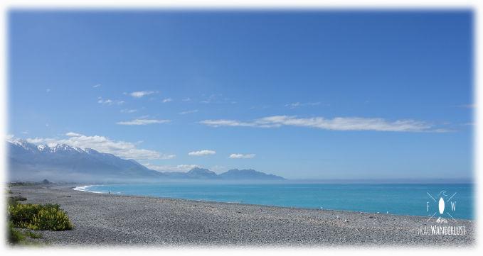 Strand von Kaikoura, mit Meer- und Bergblick