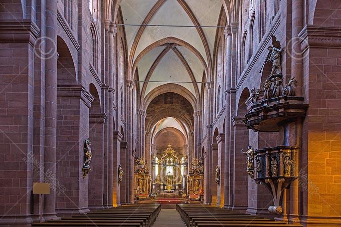 Worms, Dom St. Peter, Langhaus mit Hochaltar von Balthasar Neumann