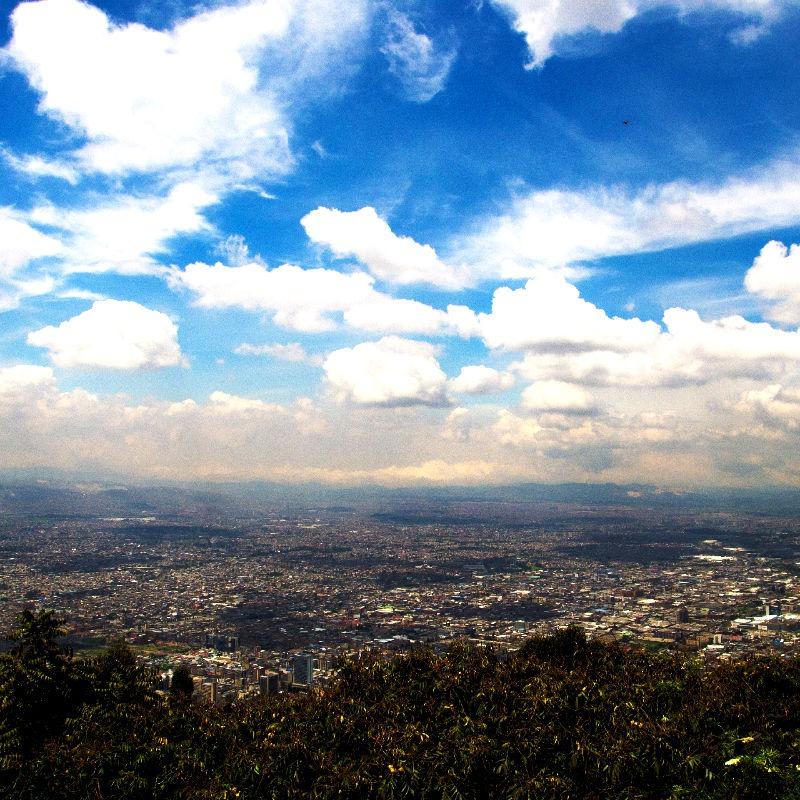Ein Blick über Bogota von Monserrate
