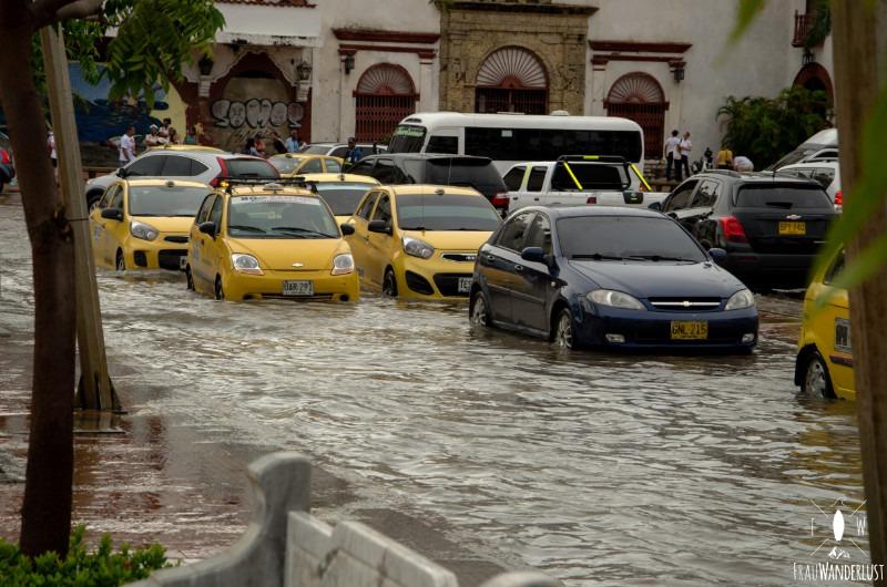 Cartagena: Autos nach der Überschwemmung