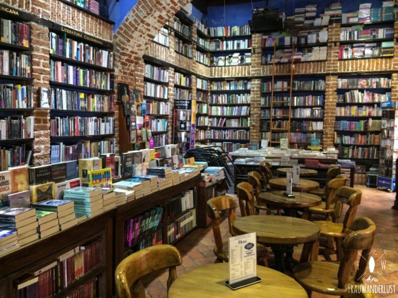 Cartagena: Ein wundervolles Café mit Büchern und Kaffee