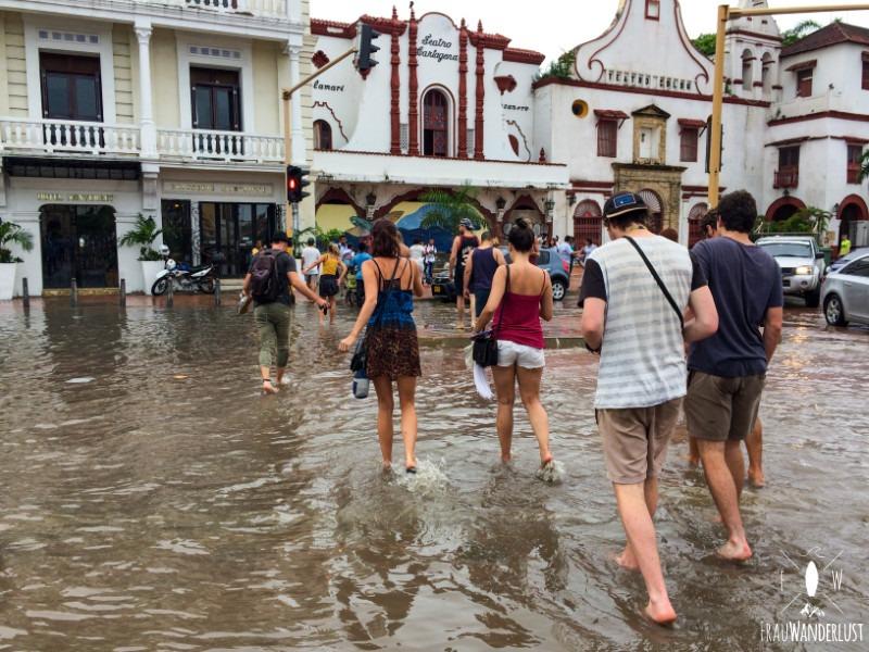 Cartagena: Durch Wasser laufen