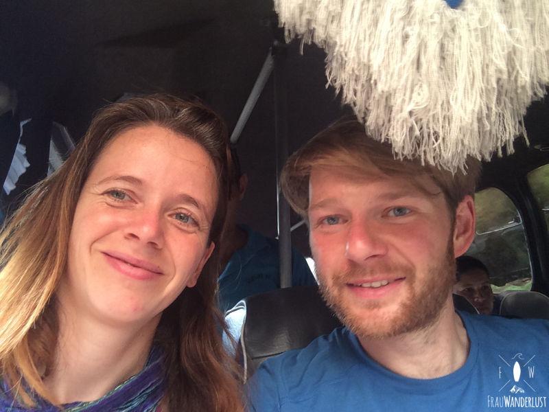 Norden Kolumbien: mit Gruessen aus dem Bus