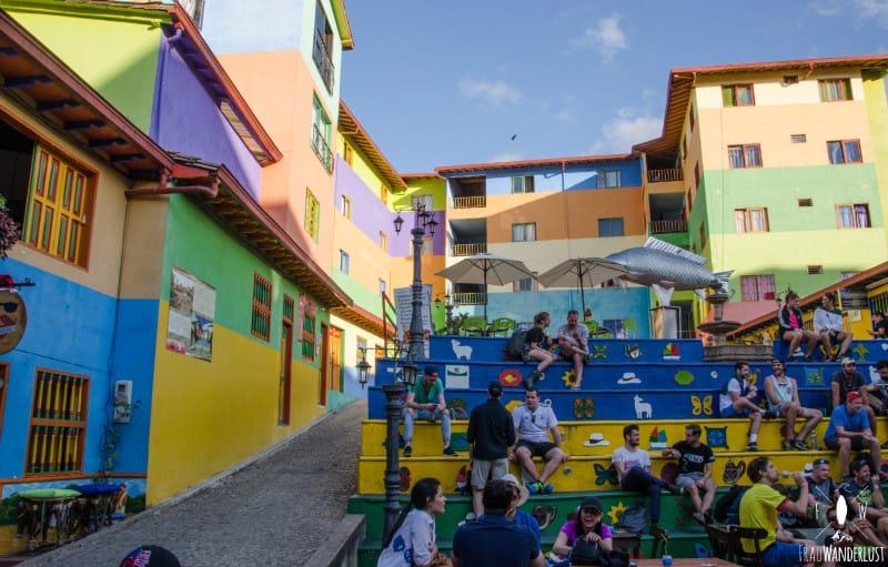 Spanisch lernen in Medellin: bunter Martkplatz