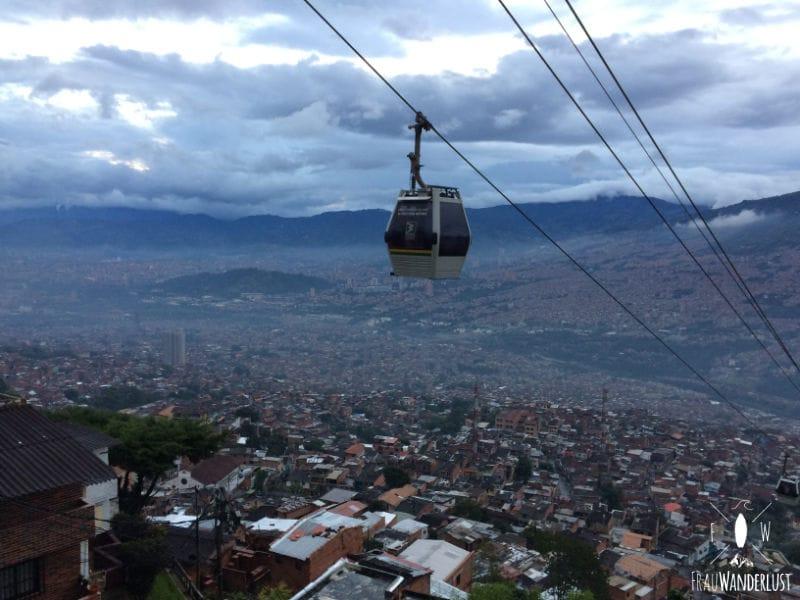 Medellin: Das Cable Car schwebt über der Stadt