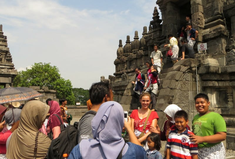 Job kündigen Weltreise: am Tempel in Indonesien