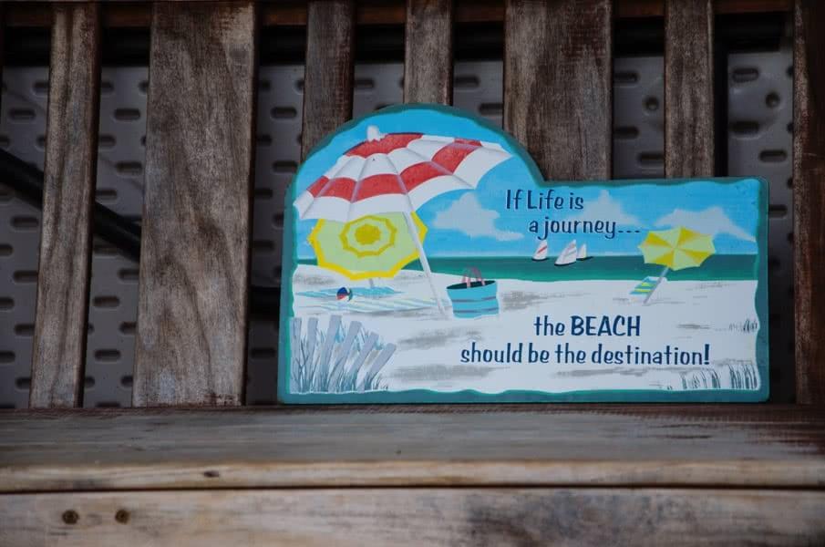 Surfen in Neuseeland: Aufschrift zum Leben am Strand